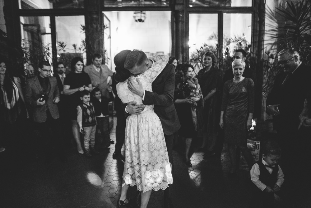 alternative wedding photographer 50