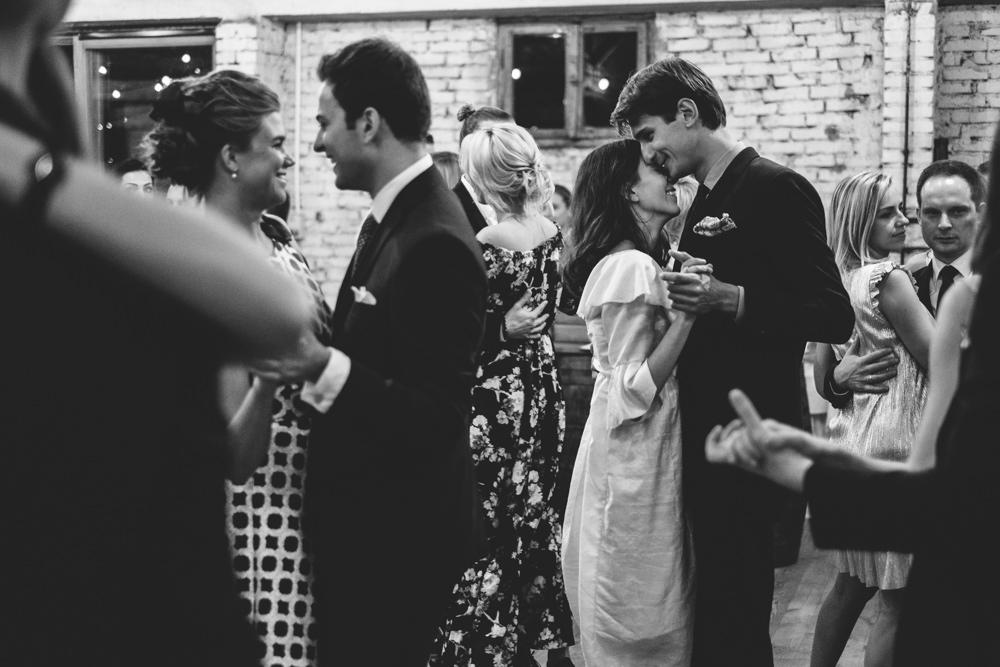 rustykalne wesele w cegielni rzucewo 102