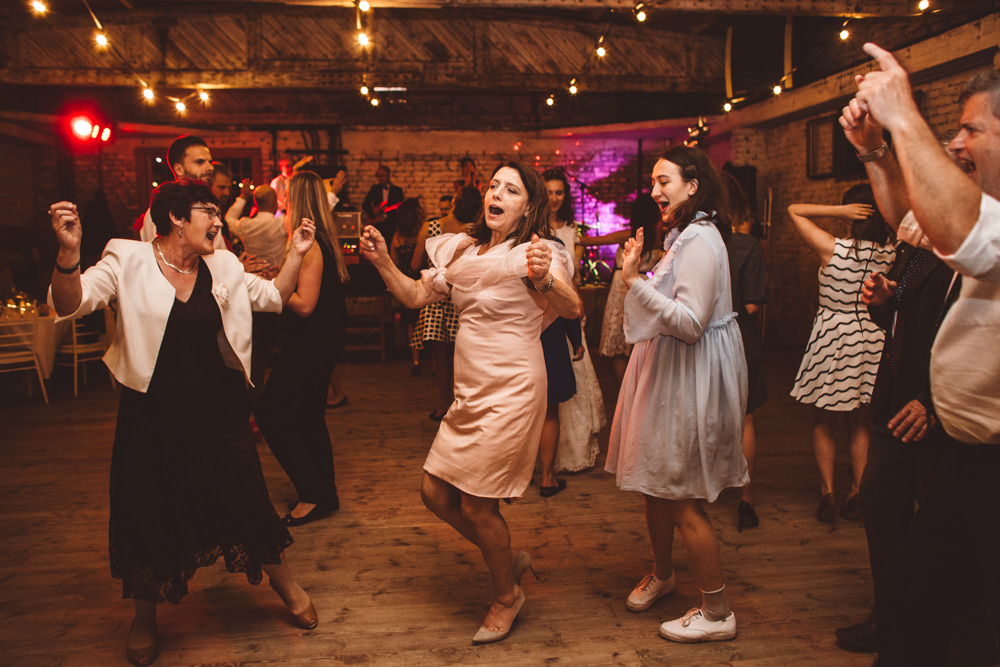 rustykalne wesele w cegielni rzucewo 107
