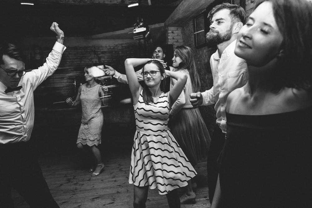 rustykalne wesele w cegielni rzucewo 124