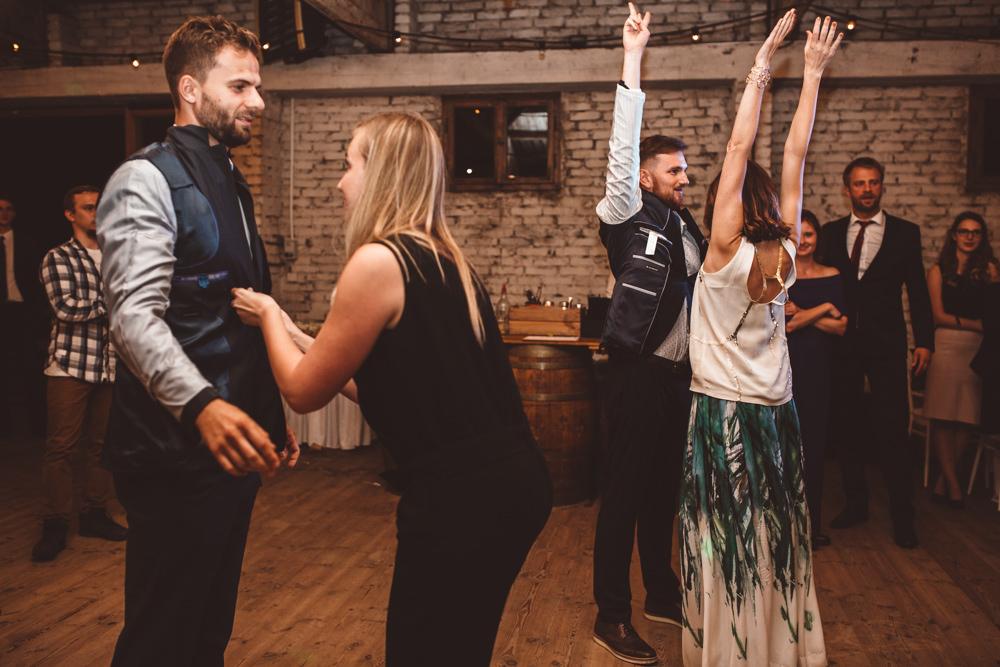 rustykalne wesele w cegielni rzucewo 130