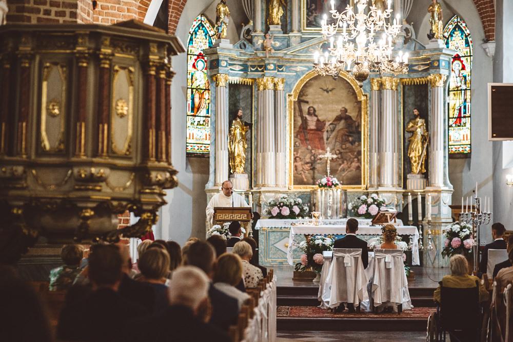 niesamowite wesele w cegielni rzucewo 042
