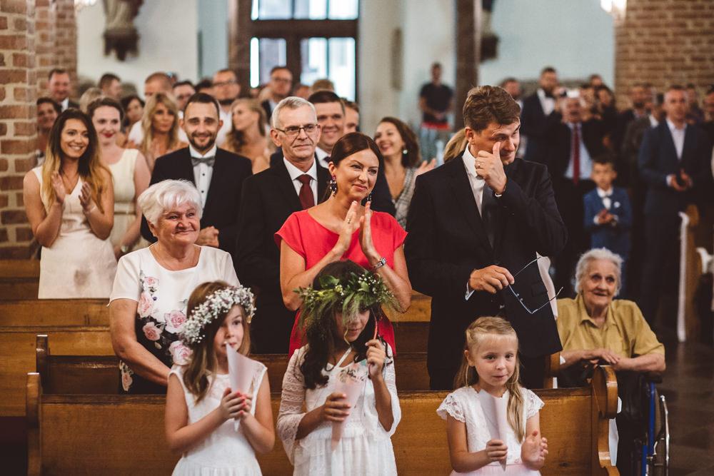 niesamowite wesele w cegielni rzucewo 047