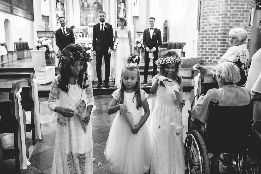 niesamowite wesele w cegielni rzucewo 055