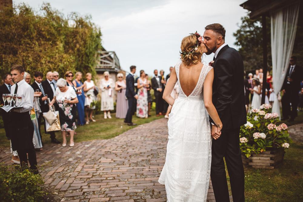 niesamowite wesele w cegielni rzucewo 071