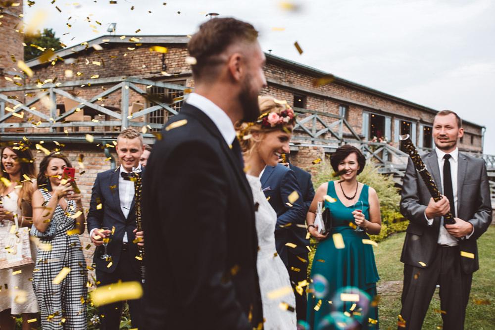 niesamowite wesele w cegielni rzucewo 072
