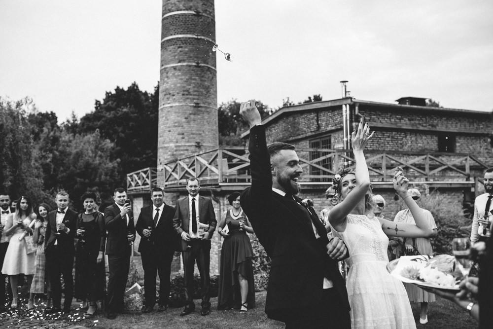 niesamowite wesele w cegielni rzucewo 074