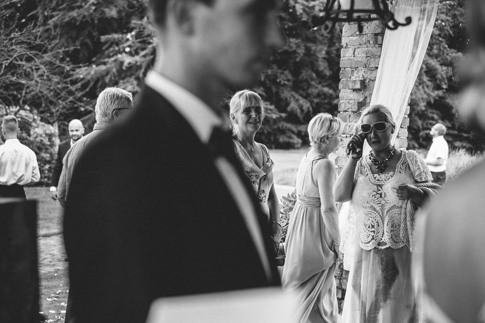 niesamowite wesele w cegielni rzucewo 083