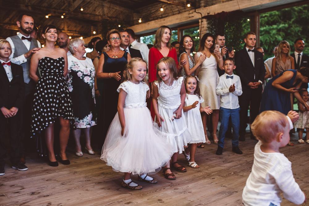 niesamowite wesele w cegielni rzucewo 102