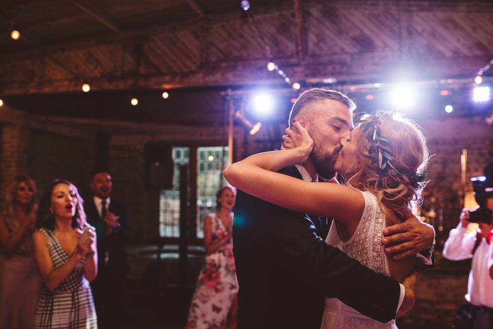 niesamowite wesele w cegielni rzucewo 104