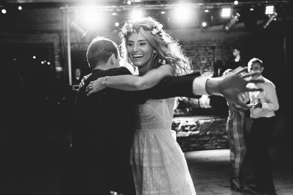niesamowite wesele w cegielni rzucewo 117