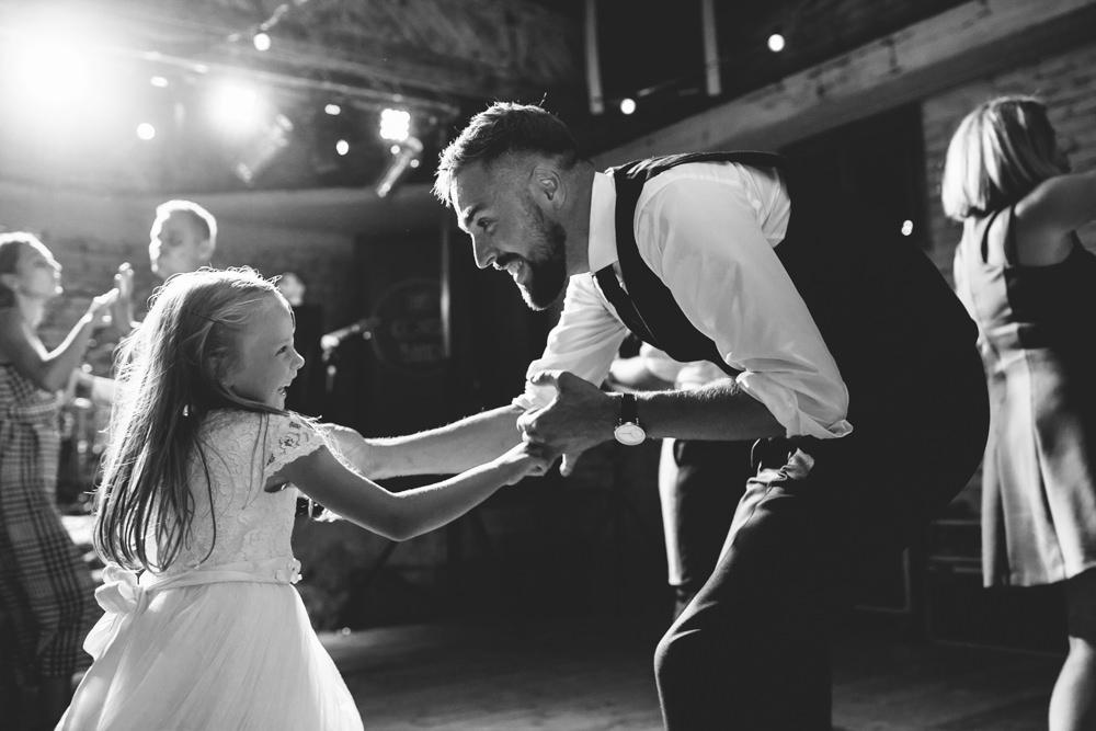 niesamowite wesele w cegielni rzucewo 118