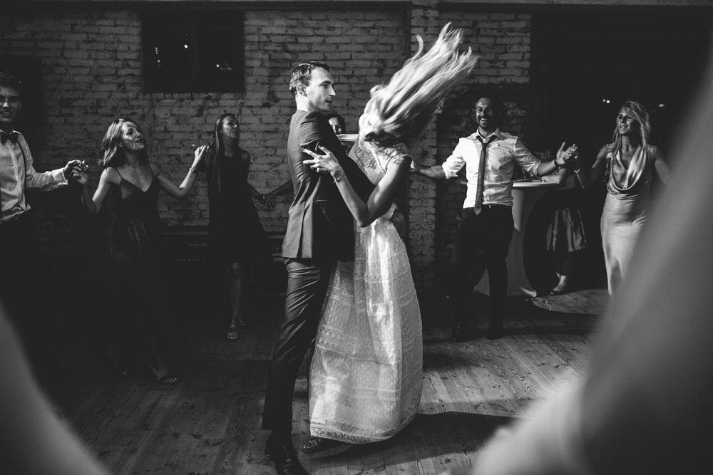 niesamowite wesele w cegielni rzucewo 125