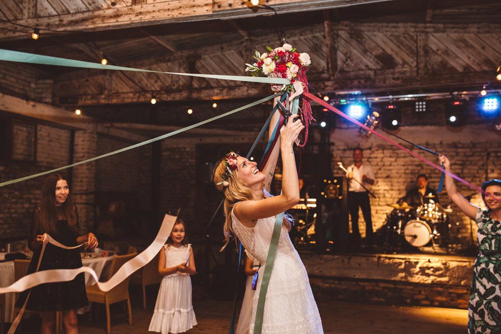 niesamowite wesele w cegielni rzucewo 130