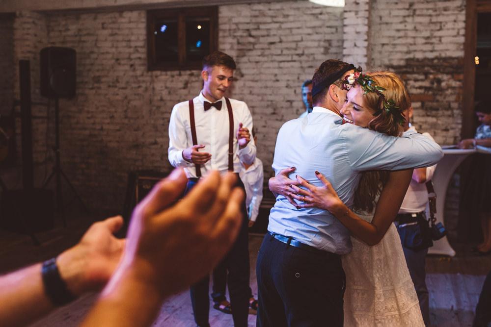 niesamowite wesele w cegielni rzucewo 132