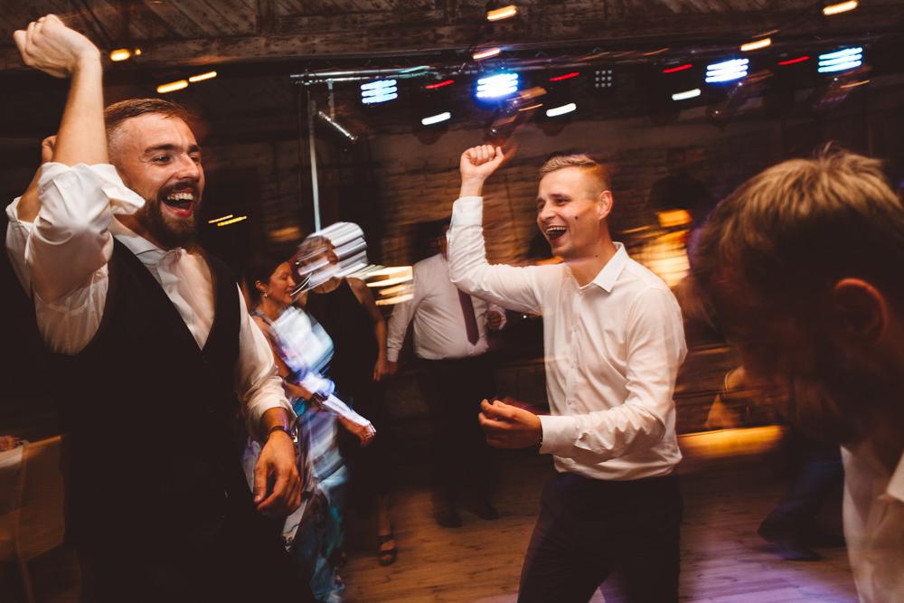 niesamowite wesele w cegielni rzucewo 137