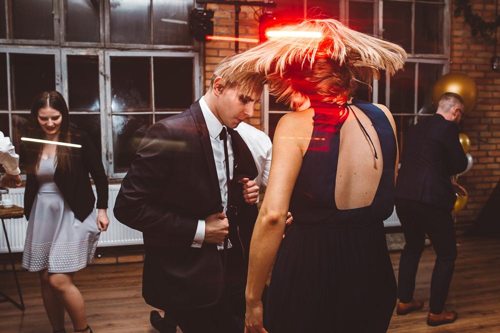 wesele w elektrycznym żurawiu
