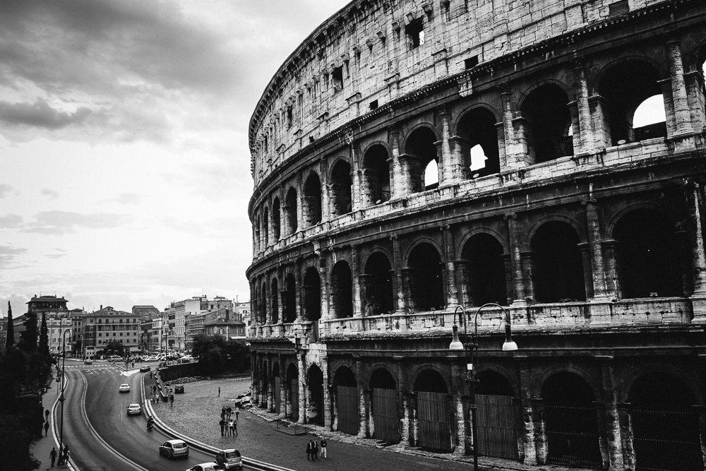 001 001 90 01 Colosseum