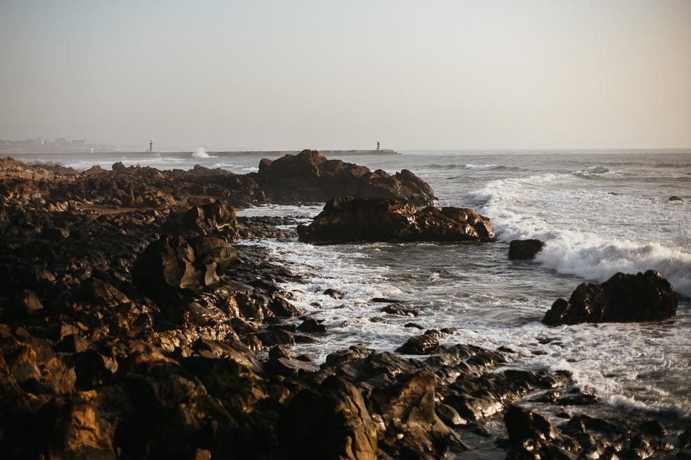076 076 65 25 Rocks