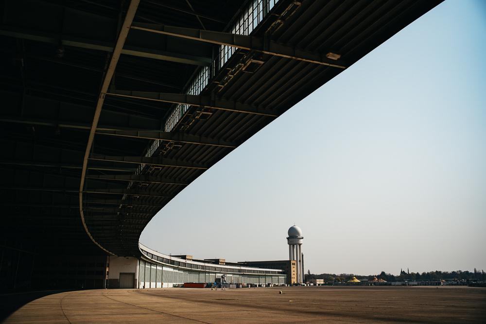 223 223 12 80 Tempelhof Airport