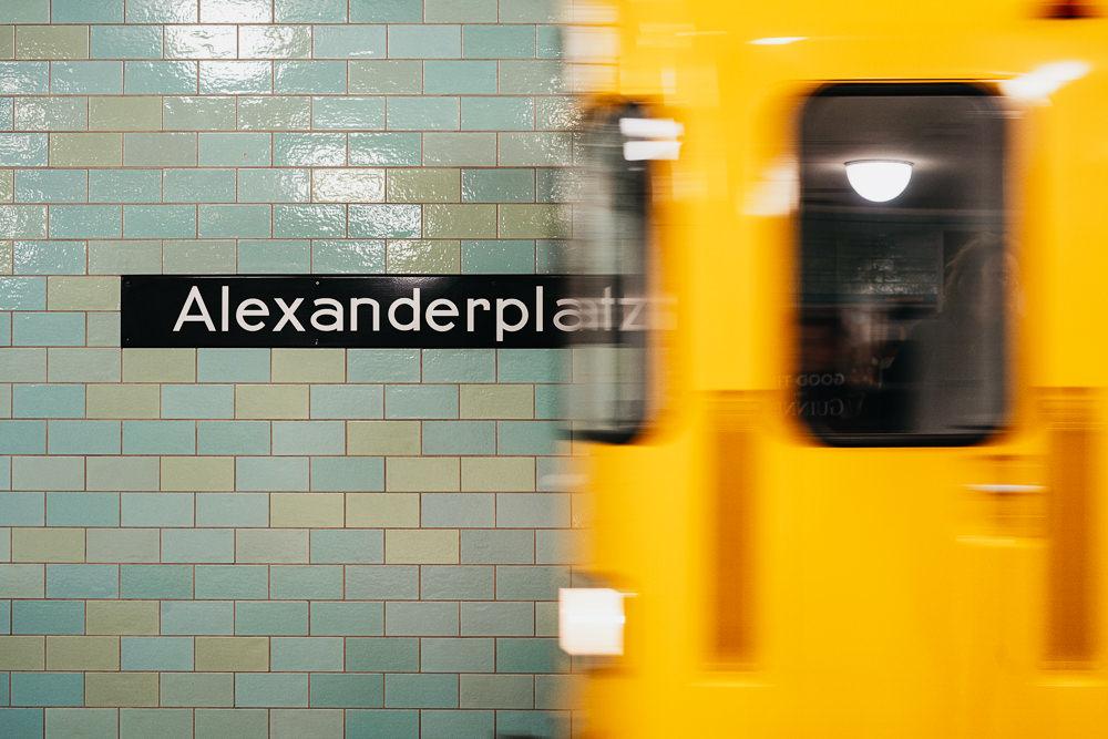 232 232 21 83 Berlin Station